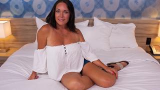 MomPOV – E396 Texan MILF With Nice Bubble Butt – Brenna