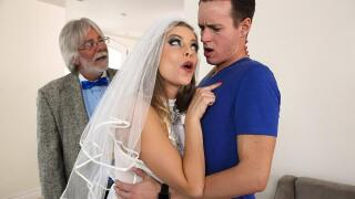 MilfsLikeItBig – A Package Deal – Britney Amber, Justin Hunt