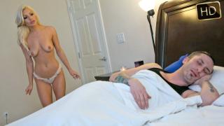 SisLovesMe – Step Sis Gets The Dick – Cameron Dee, Ike Diezel