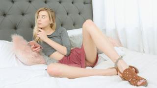 SisLovesMe – Stepsis Has Money Problems – Haley Reed