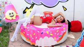 Nympho – Amia's Lubed Up Fuck Fest – Amia Miley, Mike Adriano