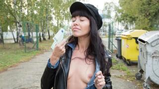 PublicAgent – Mouthful Of Cum For Sexy Brunette – Sasha Colibri
