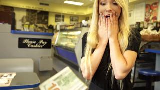 WaitressPOV – Broke College Cutie – Kenzie Reeves, Tony Rubino