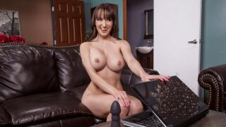 BrazzersExxtra – The Boy Toy Deluxe – Lexi Luna, Lucas Frost