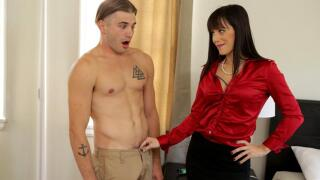 MomsTeachSex – Mother Knows Best S10:E4 – Alana Cruise, Nathan Bronson