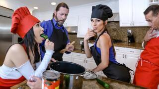 DaughterSwap – Culinary Cock Cuties – Savannah Sixx, Gianna Gem, Jack Vegas, Filthy Rich