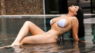 BrazzersExxtra – Pounded By The Pool – Romi Rain, Ricky Johnson