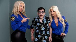 BrazzersExxtra – Fucking His Way Into the U.S.A – Brittany Andrews, Nicolette Shea, Jordi El Niño Polla