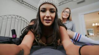 GirlsGonePink – Welcome to the Cam Show – Sofi Ryan, Addison Lee