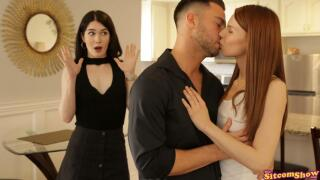 ThatSitcomShow – Friends With Benefits The One With Monica And Rachel S4:E1 – Evelyn Claire, Jillian Janson, Seth Gamble