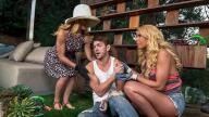 MomsBangTeens – Help Around The Garden – Cherie Deville, Carmen Caliente, Markus Dupree
