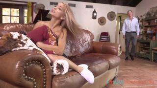 FamilyHookups – E133 Cute blonde teen Paisley Rae fucks her stepdad while mom is away – Paisley Rae, Mark Wood