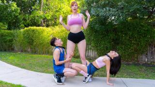 LilHumpers – The Humper And The Humpette – Lauren Phillips, Jane Wilde, Juan El Caballo Loco