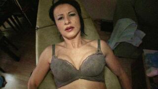 PublicAgent – Masseuse Massages Stranger's Cock With Her Pussy – Miranda, Martin Gun