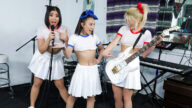 BFFs – Talented Korean Cuties – Sofia Su, Kimmy Kim, Emerald Loves, Johnny Tattoo