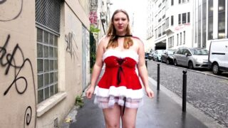 JacquieEtMichelTV – Mother Christmas tastes! – Melodie