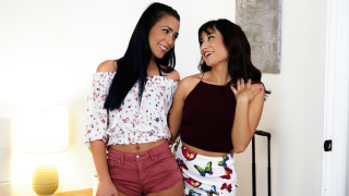 WebYoung – Back In Town – Isabella Nice, Jaye Summers
