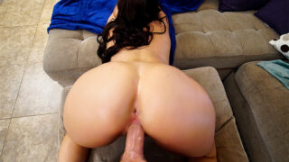 AssParade – Big Heart And Bigger Booty – Vivian Taylor, Sean Lawless