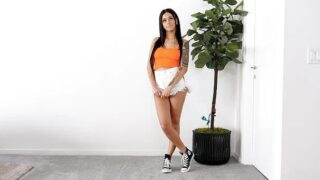 NetVideoGirls – Gorgeous brunette trying new things – Nina Pink