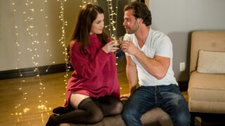 Babes – Staycation In The Stars – Evelyn Claire, Seth Gamble