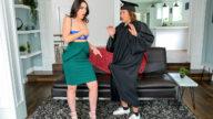 MomsTeachSex – Stepsons Graduation Day – S16:E1 – Jaimie Vine, Jay Romero