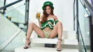 LoveHerFeet – St. Patrick's Day Feet Deal – Vanna Bardot, Mark Wood