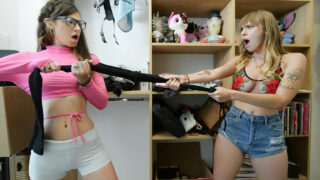 DadCrush – Smarts vs. Sluttiness – Avery Moon, Angel Youngs, Filthy Rich