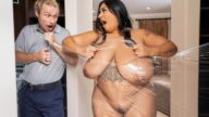 BrazzersExxtra – Banging The Clumsy Cling Wrapper – Sofia Rose, Michael Vegas